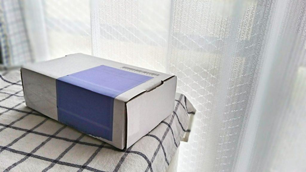 宅配便の箱